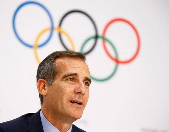 El alcalde de Los Ángeles, Eric Garcetti, confirmó que esa ciudad será olímpica por tercera vez en la historia. Foto: Reuters.