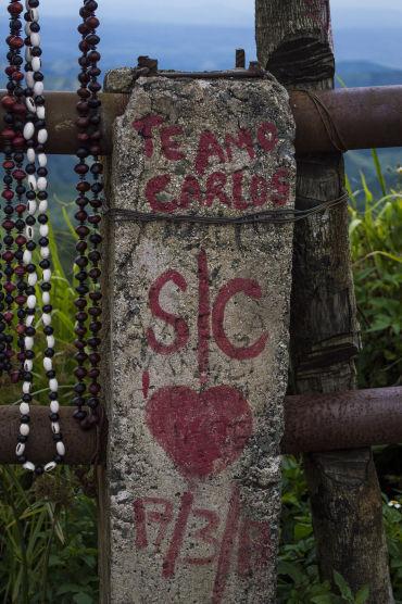 Graffiti en las nubes. Gran Piedra, Santiago de Cuba, 2017. Foto: Claudia Yilén Paz/ Cubadesnuda/ Cubadebate.