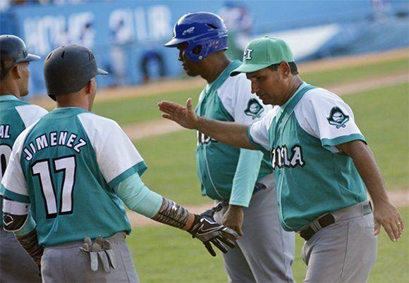 José Luis Rodríguez Pantoja, DT de la Isla de la Juventud, dice que aspira a discutir la final de esta 57 Serie. Foto: Juan Moreno/ Juventud Rebelde.