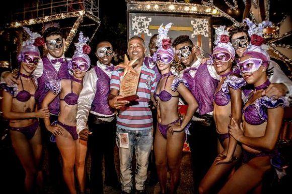 La carroza de Cultura Municipal obtuvo el segundo Premio de Carrozas del Carnaval Holguín 2017, clausurado en la ciudad de Holguín, Cuba. Foto: Juan Pablo Carreras/ ACN.