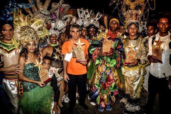 La carroza de la Federación Estudiantil Universitaria (FEU) obtuvo el primer Premio de Carrozas del Carnaval Holguín 2017. Foto: Juan Pablo Carreras/ ACN.
