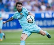 Lionel Messi marcó un doblete ante el Alavés y llegó a 351 goles en La Liga española. Foto: Juan Manuel Serrano/ Getty Images.