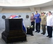 Maduro y Raúl, junto a Cilia Flores y Bruno Rodríguez rindieron tributo a José Martí en el Cementerio de Santa Ifigenia, 15 de agosto de 2017. Foto: Estudios Revolución
