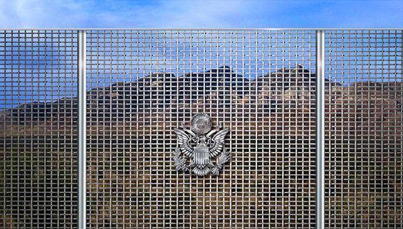 Representación artística proporcionada por la empresa Penna Group, donde se propone un muro a lo largo de la frontera sur de Estados Unidos con México. Foto Ap.