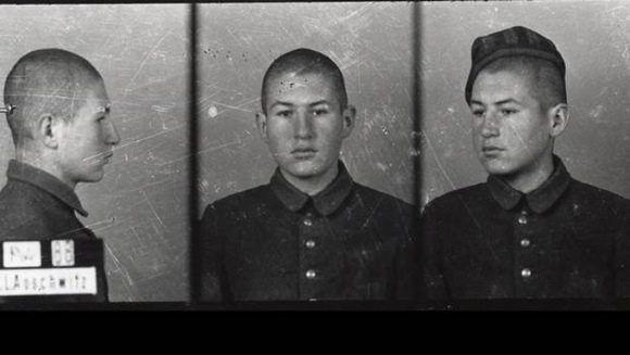 Sigmund Sobolewski en el campo de concentración de Auschwitz durante la Segunda Guerra Mundial.