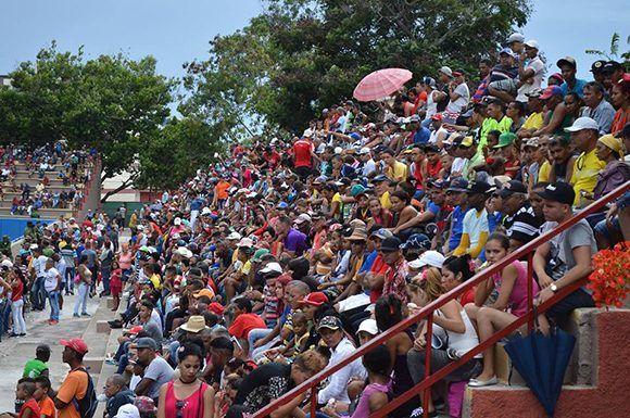 El público granmense acudió a apoyar a su equipo. Foto tomada del perfil en Facebook de Álvaro Luis Palma.