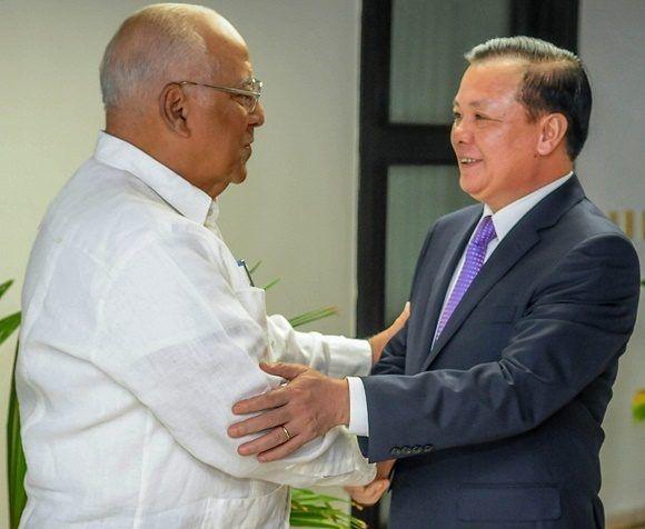 Recibe Cabrisas a Ministro vietnamita. Foto: ACN.