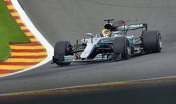 El piloto Lewis Hamilton marcó el domingo su carrera número 200 en la Fórmula Uno con una victoria en el Gran Premio de Bélgica. Foto: Loic Venance/ AFP.