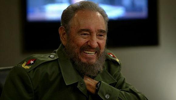 Fidel en la Mesa Redonda. Foto: Ismael Francisco/ Cubadebate.