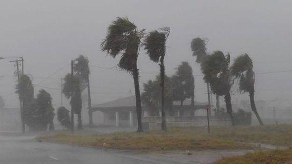 Gran parte del estado de Texas sufría intensas lluvias desde horas antes de la llegada. Foto: AFP.