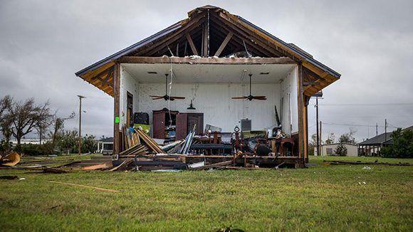 Una casa quedó totalmente destruida y con el interior expuesto en Rockport, Texas. Foto: Nick Wagner/ Austin American-Statesman.