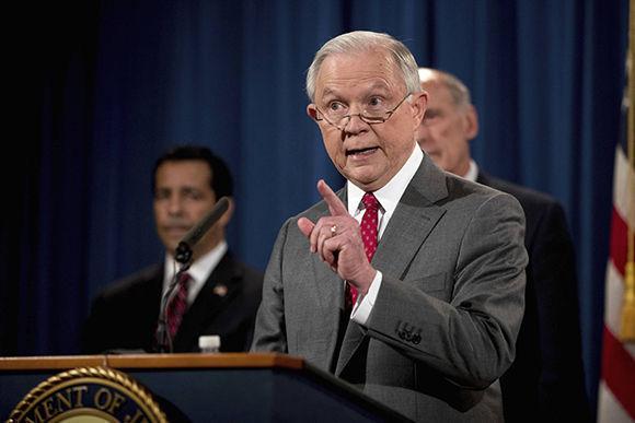 El fiscal general, Jeff Sessions, este viernes durante su comparecencia. Foto: AP.