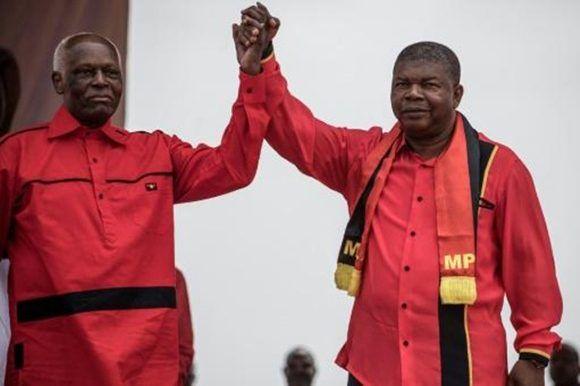 El presidente de Angola, José Eduardo dos Santos (I), y su probable sucesor, Joao Lourenço (D), participan en un acto de campaña en Luanda el 19 de agosto de 2017. Foto: AFP. / Archivo de Cubadebate