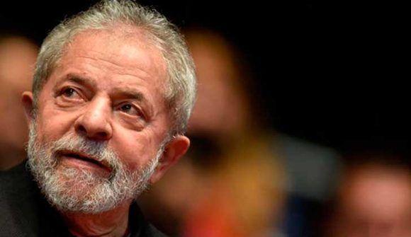 Odebrecht presentó documentos falsos para incriminar a Lula, afirma diario brasileño
