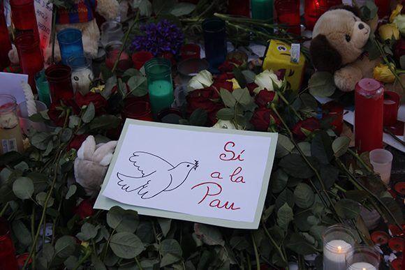Este sábado se hizo un llamado a la paz en Barcelona. Foto: Jennifer Veliz/ Cubadebate.