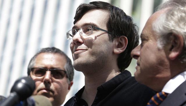 El empresario estadunidense Martin Shkreli a su llegada a una corte en Nueva York. Foto: AP.