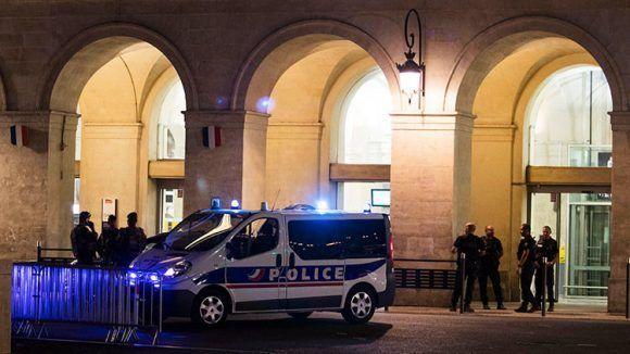 policia-en-nimes