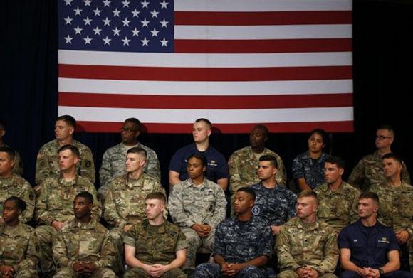 Los militares de Estados Unidos vieron el discurso en directo. Foto: Reuters.