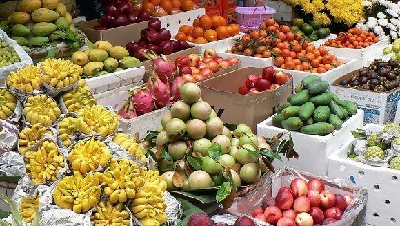 viet_nam_market_grapefruit_pittaya_mango_