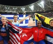 La pertiguista alcanzó la medalla de bronce en la justa. Foto: IAAF.