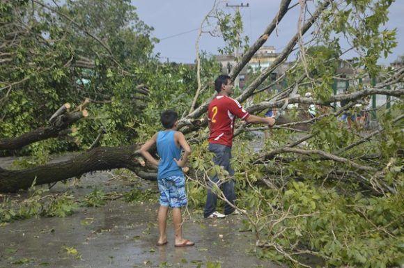 Santa Clara comienza a recuperarse tras paso de Irma. Foto: Rafael Cardet/ Cubadebate.