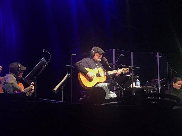 Silvio Rodríguez durante su concierto en Nueva York este domingo. Foto: Eieri Ossorio/ Cubadebate.
