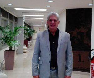 Miguel Díaz-Canel, Primer Vicepresidente cubano encabeza delegación a Angola. Foto: Cuenta de Twitter de Ana Teresita González, Viceministra MINREX
