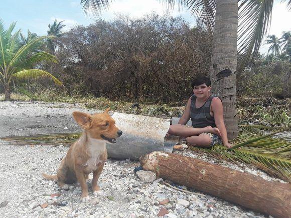 El niño de Cojímar. Foto: L. Eduardo Domínguez/ Cubadebate.