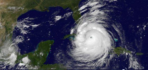 huracan-irma-sobre-cuba-a-las-12-de-la-noche-del-viernes-sabado