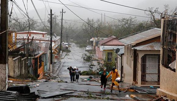 huracan-maria-causo-estragos-en-puerto-rico