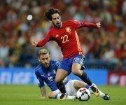 Isco lideró a España en la goleada 3-0 ante Italia en el estadio Santiago Bernabéu. Foto: AP.
