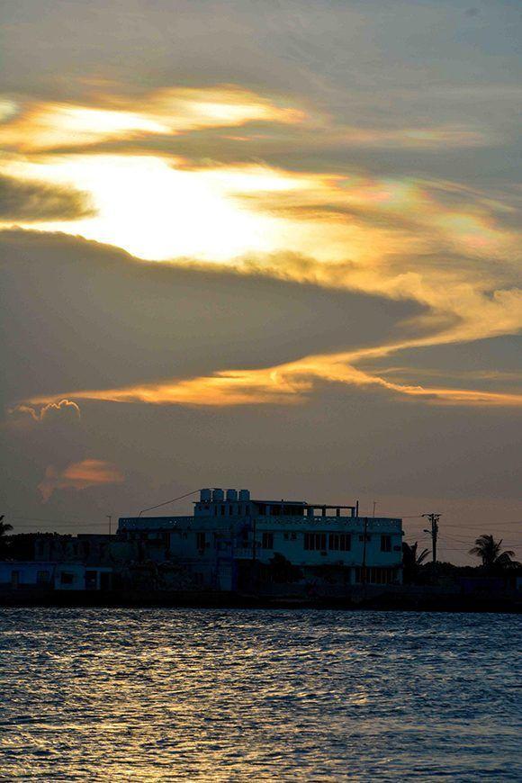 Atardecer en la Playa La Boca, en el municipio norteño de Puerto Padre, en Las Tunas, Cuba. Foto: ACN/ Yaciel Peña.