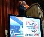 El Dr. Alberto Binder, de Argentina,  una de las figuras más importantes del Derecho y el Proceso Penal en Iberoamérica, dictó la primera Conferencia Magistral del Congreso Internacional Abogacía 2017, en el Palacio de las Convenciones, en La Habana, el 27 de septiembre de 2017.  ACN   FOTO/Marcelino VÁZQUEZ HERNÁNDEZ/sdl
