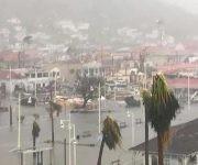 Arrasó Irma con Barbuda, destruyó casi todos los edificios. Foto: ABS Television/Radio/ Facebook.