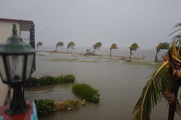 Caibarién bajo las aguas por el paso del Huracán Irma. Foto: Archivo Cubadebate