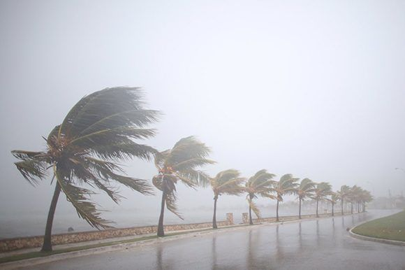 """Irma"" estuvo a solo 35 km de la ciudad de Caibarién. Foto: Alexandre Meneghini/ Reuters."