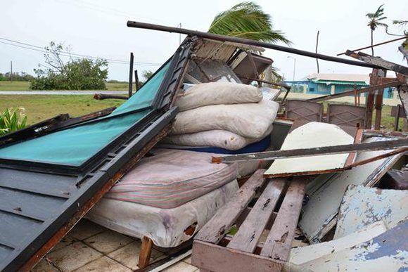 Afectaciones ocasionadas por el huracán Irma, en el polo turístico Santa Lucía, del municipio  Nuevitas, en Camagüey, 9 de septiembre de 2017.  ACN  FOTO/Rodolfo BLANCO CUÉ/sdl