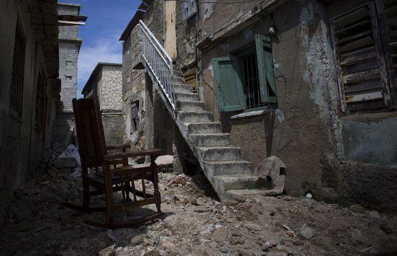 Banco cubano otorga hasta el momento 54 créditos a damnificados por huracán Irma