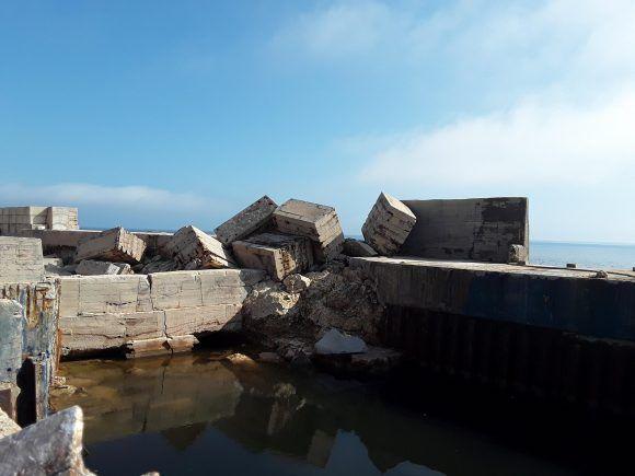 Severos daños provocados por el paso del Huracán Irma, en la central termoeléctrica Antonio Guiteras, en Matanzas, Cuba, el 13 de septiembre de 2017.         ACN  FOTO/ Bárbara VASALLO VASALLO/ rrcc