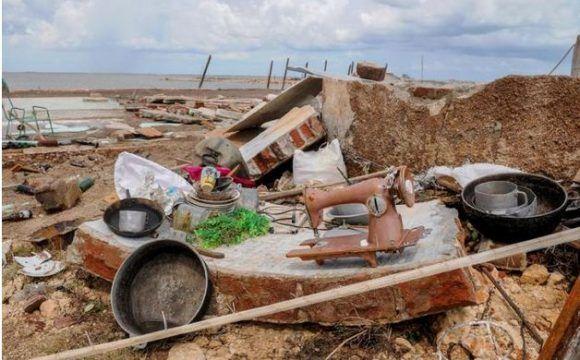 Recorrido por Municipios de la costa norte de la provincia de Camagüey tras el paso del huracán Irma, Esmeralda, Playa Jiguéy, Consejo popular Brasil. Foto: Jose M Correa/Granma.