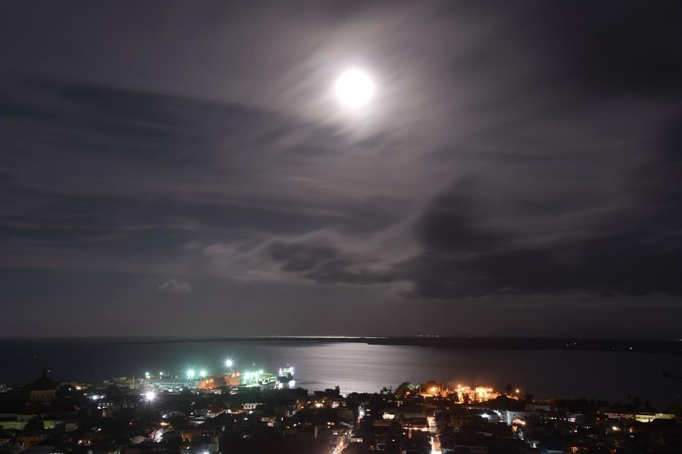 El cielo sobre la ciudad de Cabo Haitiano anuncia la llegada del huracán Irma. Foto: AFP.