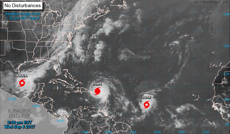En las últimas 12 horas Irma se ha mantenido con poco cambio en organización e intensidad, pero se mantiene como un intenso huracán categoría cinco en la escala Saffir-Simpson. Imagen: NOAA.