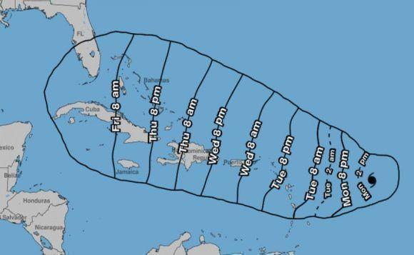 Los habitantes de los territorios que ocupan este cono deben mantenerse informados sobre la evolución de Irma. Imagen: NOAA.