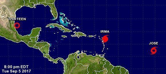 El huracán Irma, la tormenta tropical José y la depresión 13, tres fenómenos que pueden afectar distintas zonas de la región caribeña. Imagen. NOAA.
