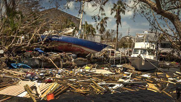 A los fallecidos en Florida y el Caribe, donde Irma dejó un saldo de al menos 38 víctimas mortales, hay que añadir la muerte de cuatro personas en Carolina del Sur y al menos otras dos en el estado de Georgia. Foto: EFE.