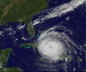 Imagen del satélite que muestra cómo el huracán Irma está sobre la mitad del territorio cubano. Foto: GOES/ Vía INSMET Cuba.