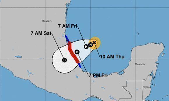 El centro de Katia puede tocar tierra en México durante la noche de mañana viernes y luego perder intensidad. Imagen: NOAA.