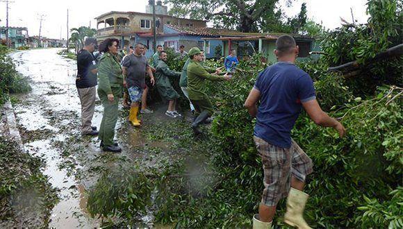Paso del huracán Irma por la ciudad de Matanzas. Foto: @Granma_Digital / Twitter
