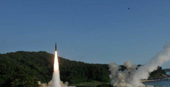 Estados Unidos y Japón entrenan en la península de Corea