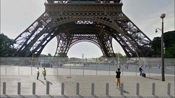 Así debe quedar la pared de cristal que resguardará la Torre Eiffel. Foto: Clarín.